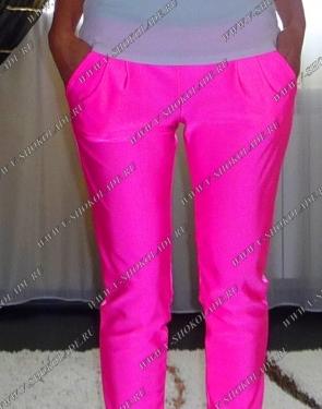 Ярко-Розовые штаны узкие с карманами