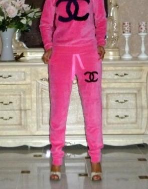 """Велюровый костюм Шанель """" Chanel """" Ярко-Розовый"""