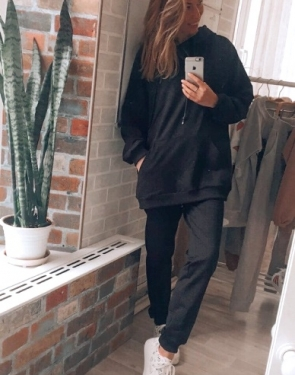 Спортивный костюм женский c удлиненной толстовкой / Черный