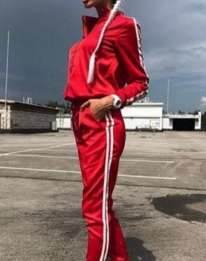 Атласный спортивный костюм на молнии / Красный