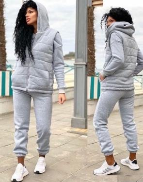 Спортивный костюм женский утепленный тройка /  Серый