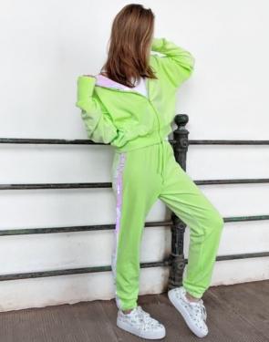 Спортивный костюм из плюшевого велюра с пайетками / Салатовый