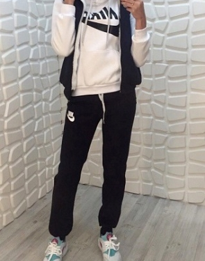 """Спортивный костюм женский """"Найк"""" Тройка с мехом Черный+белый"""