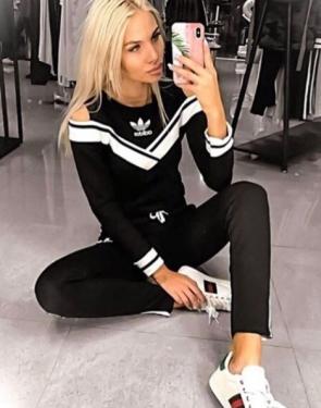 """Спортивный женский костюм c открытыми плечами """"Adidas"""" Черный"""