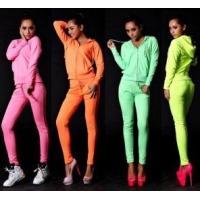 Цветовая гамма спортивных костюмов