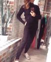 """Женский теплый костюм """"Косичка на рукавах"""" с высоким горлом / Чёрный"""